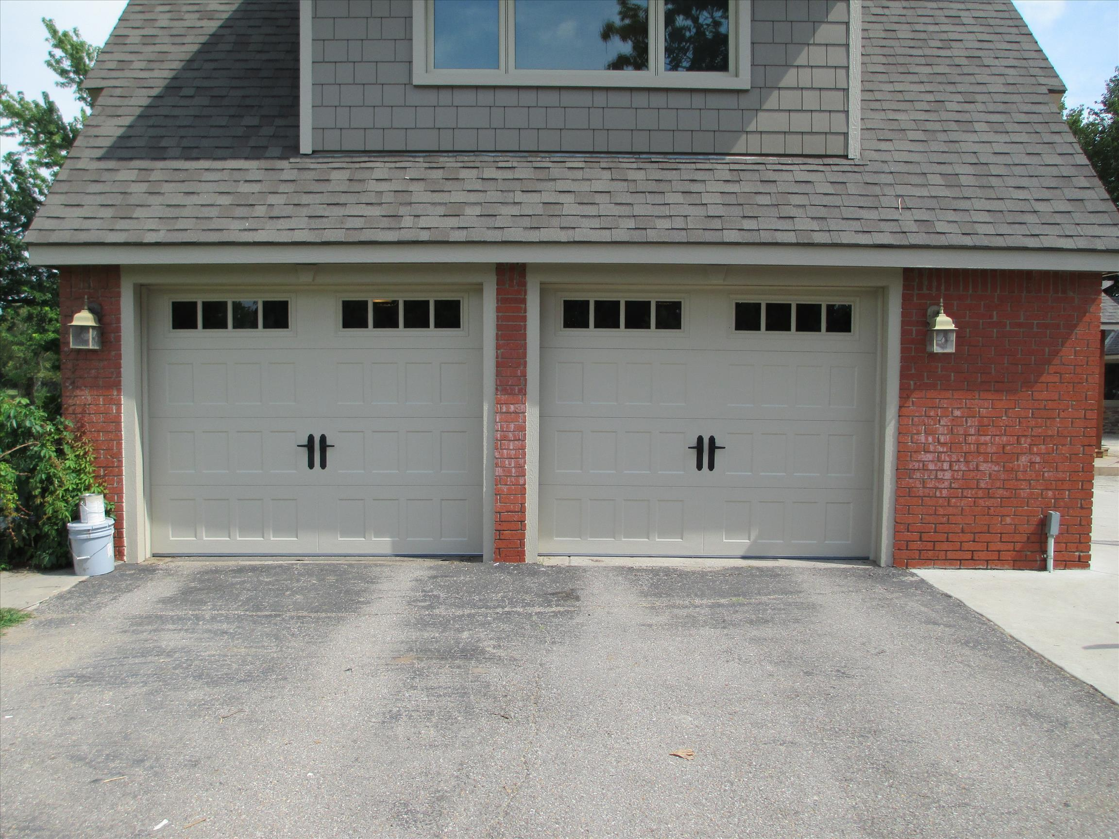 garage doors 2 car garage